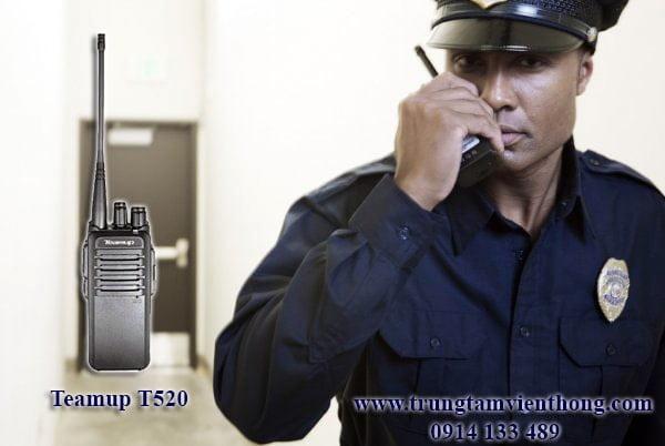 bộ đàm teamup t520 dùng trong đội bảo vệ